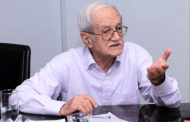 ابراهیم رزاقی:  «فقر» برجستهترین عامل در ترک تحصیل/ شناساییِ دردهای اقتصادی اهمیت دارد