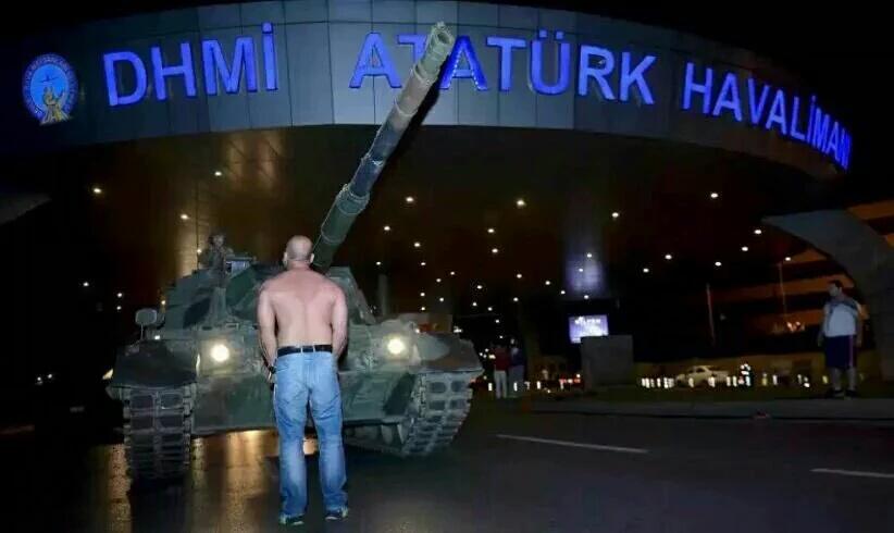 رضا حقیقتنژاد: شب کودتای ترکیه چه گذشت؟