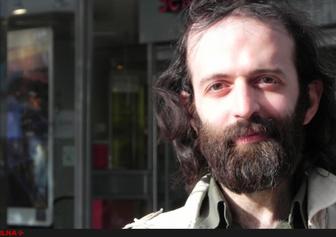 صالح نجفی: برای روشنفکر شدن باید نقش خرمگس را بازی کرد