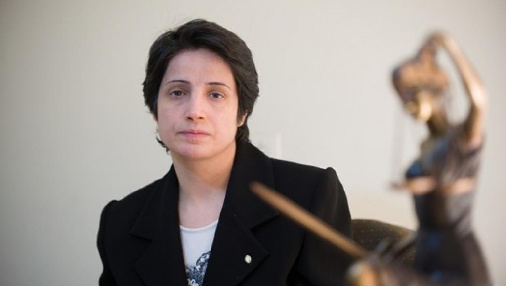 نسرین ستوده حقوقدانان و روشنفکران ایران را به حمایت از مطالبات مردم فراخواند