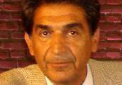 احمد تاج الدینی:چگونه باید دیوار بی اعتمادی را فرو ریخت.