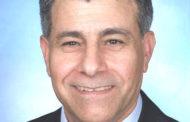 ناصر کرمی: سخنرانی اوّلین رئیس جمهور انتخابی خمینی در پاریس