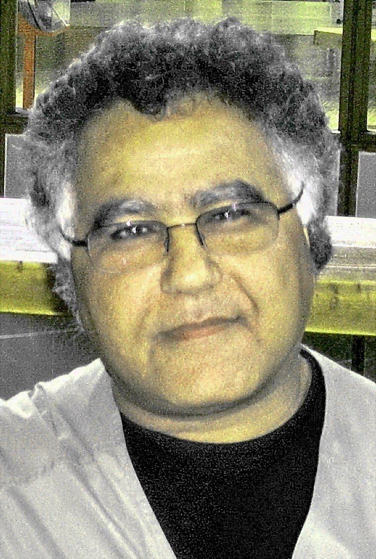 اسماعیل وفا یغمائی:  درود بر مردم! زنده باد کورش..